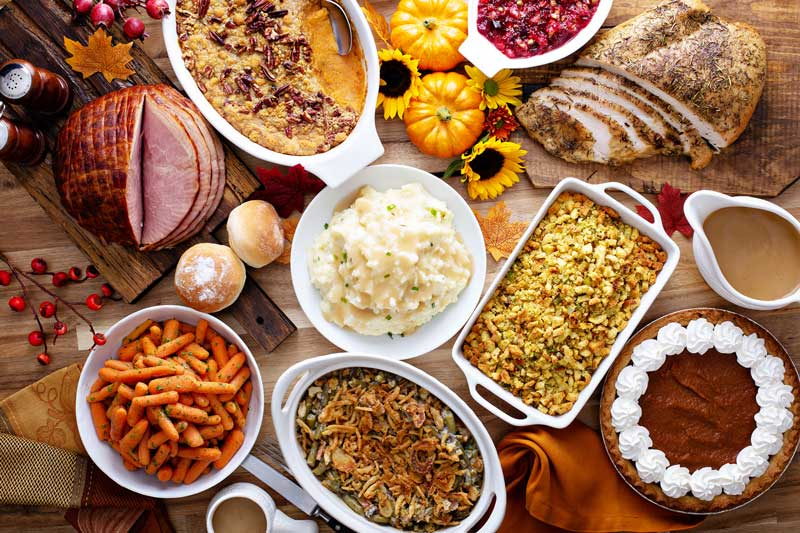 Mindful Eating During The Holidays: A Guide